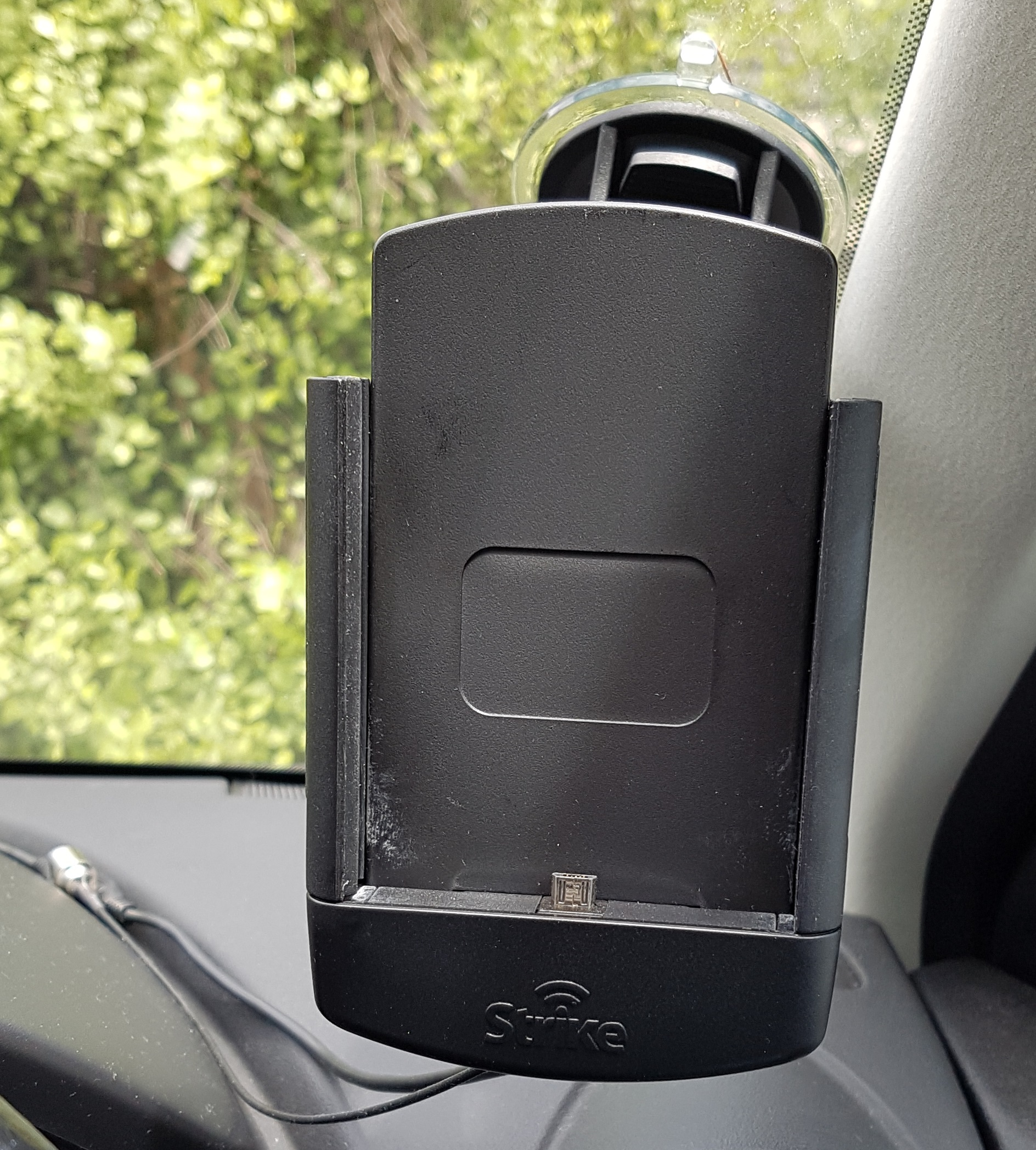 Strike Alpha Samsung Galaxy S7 Car Cradle [Review]